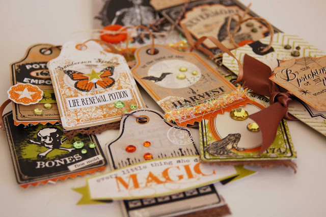 Halloween Tags by Jen Gallacher at http://jengallacher.blogspot.com/2012/09/fall-festival-day-11-halloween-tags-and.html. #halloweenpapercrafting