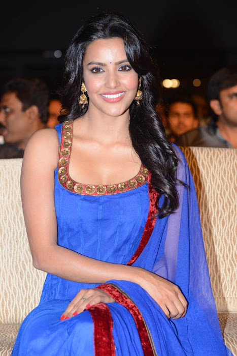 priya anand hot photoshoot