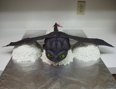 Cake of Toothless from How to Train Your Dragon - Front View