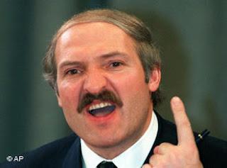 Последният диктатор в Европа все още сипе