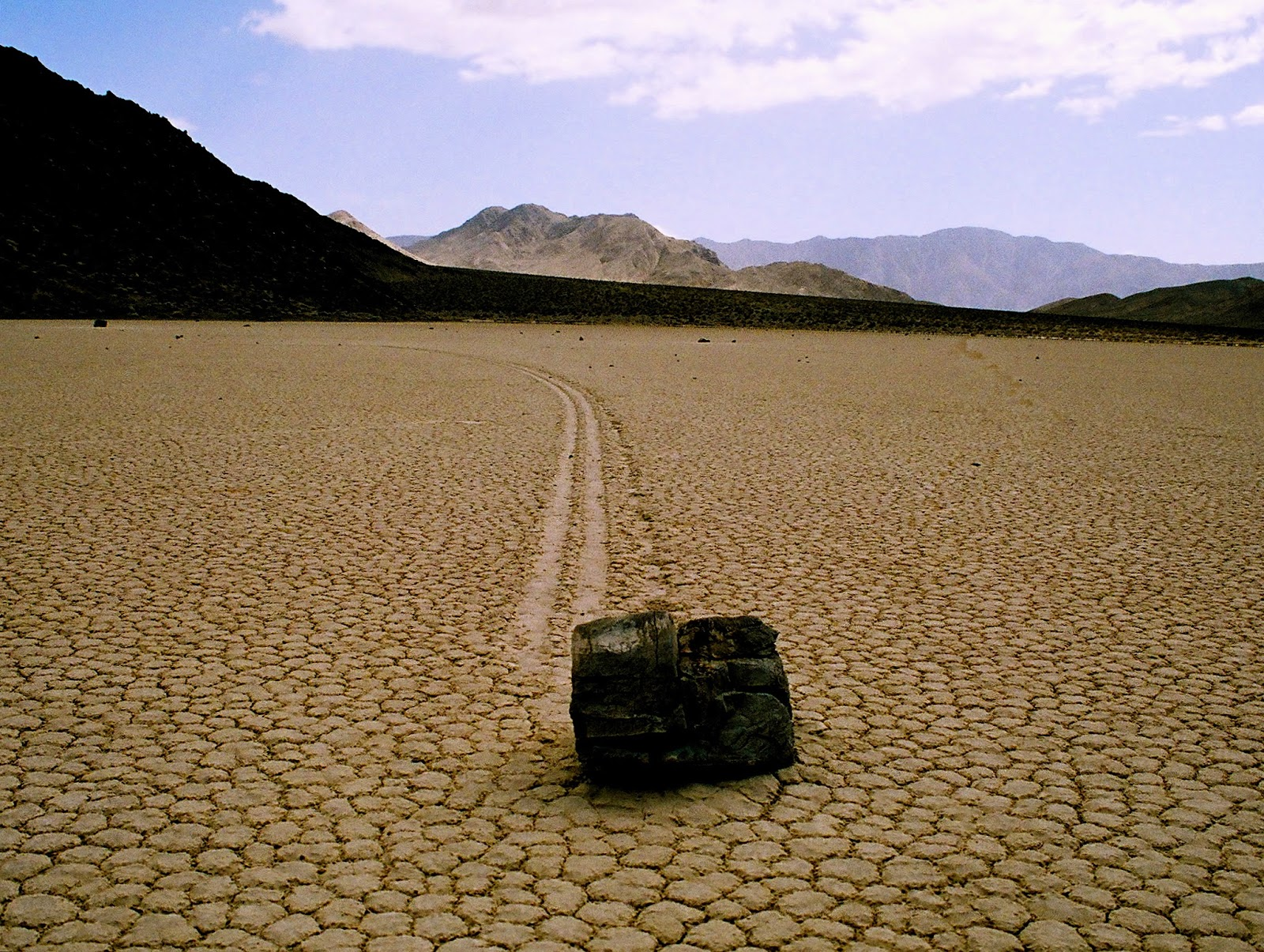 roca que se mueve sola