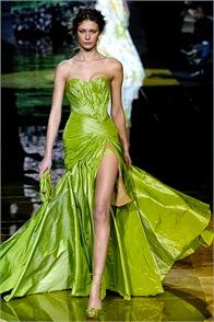 robe de soirée elie saab couleur vert verte robe de princesse défilé de haute couture robes exceptionnelle dentelle soie satin vert