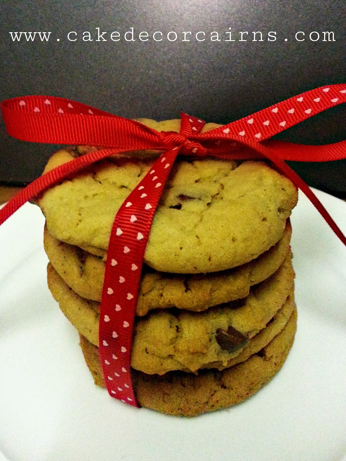Cookie Stack with a red Ribbon, perfect homebaked gift