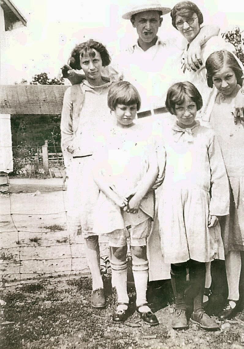 Lester R and Mabel Marsh family  http://jollettetc.blogspot.com