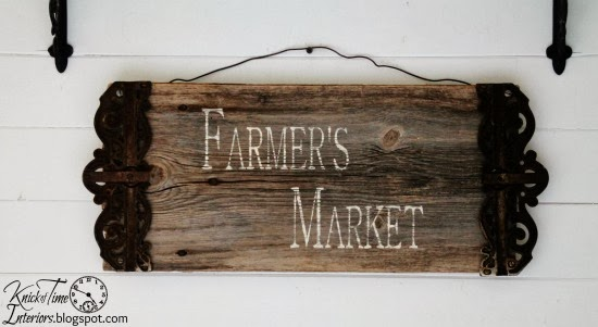 Barn-Wood-Farmer's-Market-Sign