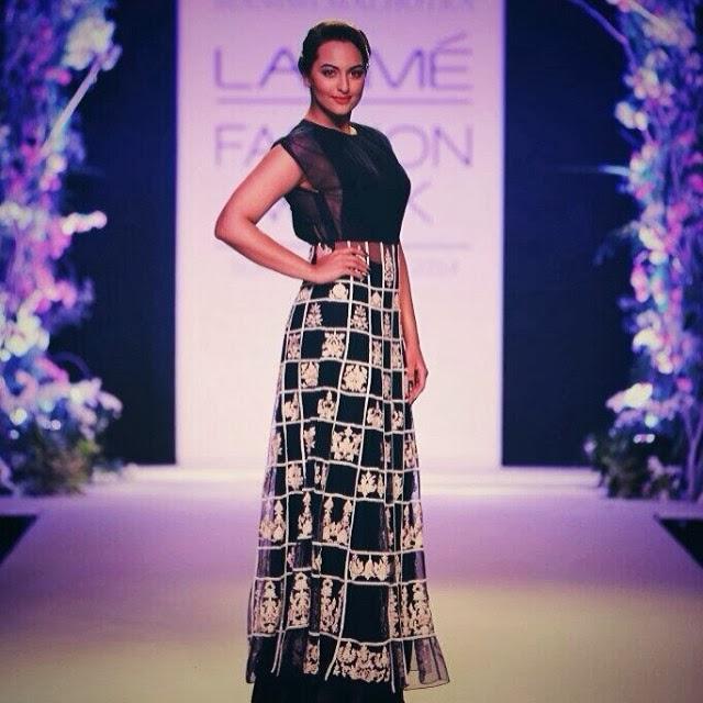 Sonakshi Sinha  for Manish Malhotra at Lakme Fashion Week!