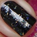 http://www.beautyill.nl/2013/12/golden-rose-3d-glaze-topcoat-swatches-2_17.html