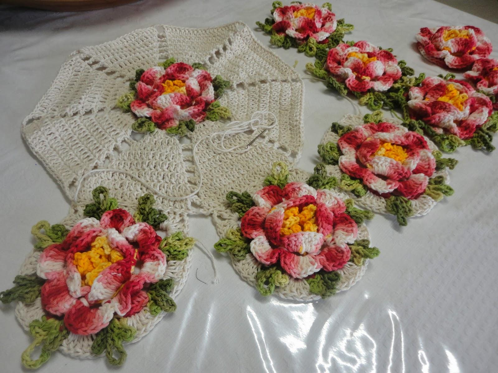 By carla braun croche tapete rosa franzida for Rosa tapete
