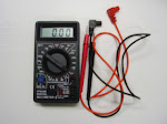 P25-SMALL DIGITAL MULTIMETER