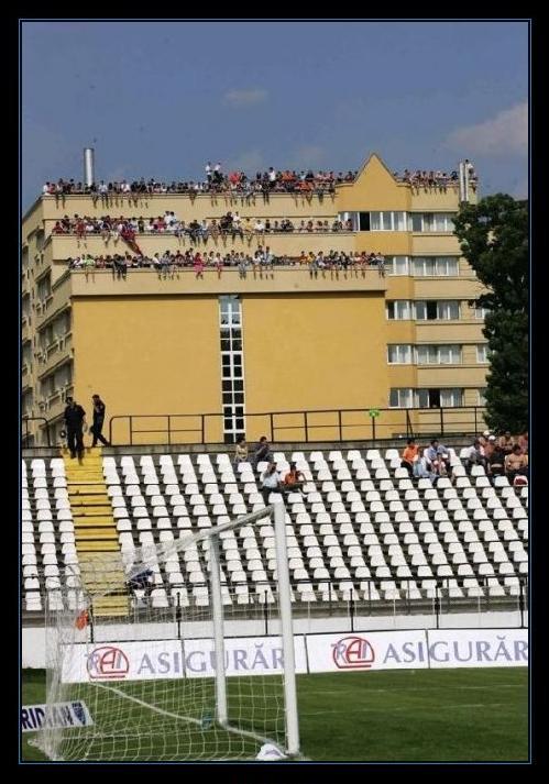 contra-la-crisis-risas-ver-el-futbol-gratis