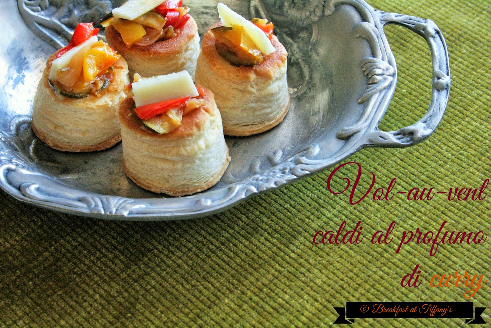 vol-au-vent caldi al profumo di curry / hot puff pastry shells with curry spice