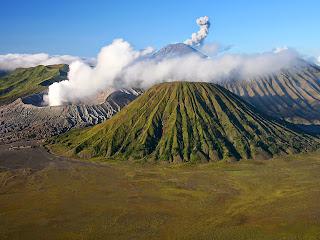 Sejarah Gunung Bromo dan Legenda Asal Usul Cerita Suku Tengger