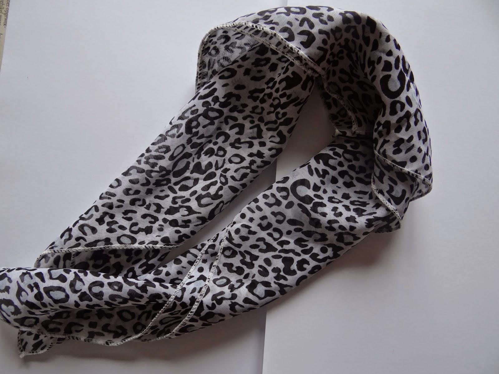 leopard print scarf luipaardprint sjaaltje shawl sjaal