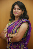 Krishnaveni glam in half saree-thumbnail-19