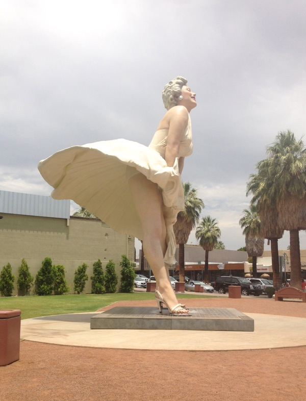 26ft Marilyn Monroe statue Palm springs