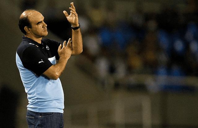 Ricardo Gomes não quer dar mole contra times da parte baixa da tabela (Foto: Vitor Silva/SSPress)