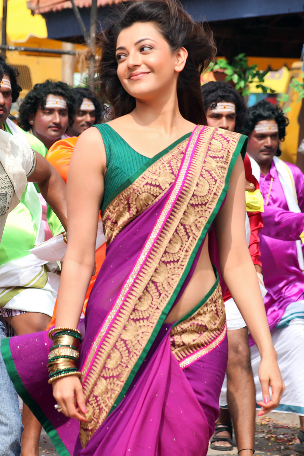 Kajal agarwal glam pics from jilla movie photo 6 telugu movie kajal agarwal latest glamorous photos hq photo 6 thecheapjerseys Images