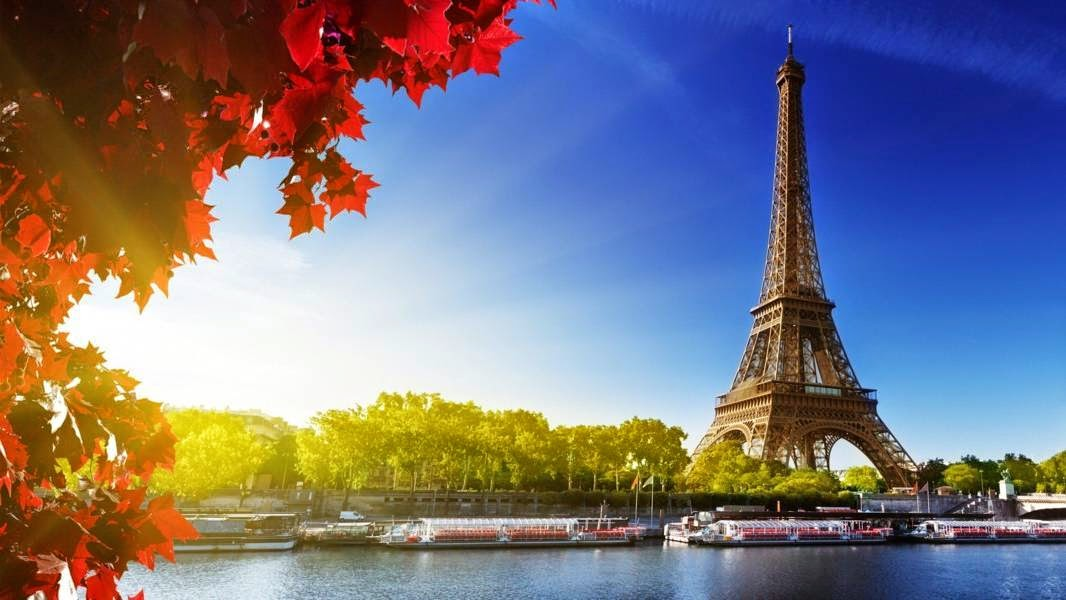 Eiffel Tower in Paris, France Famous European Places, Most Famous Places in Europe