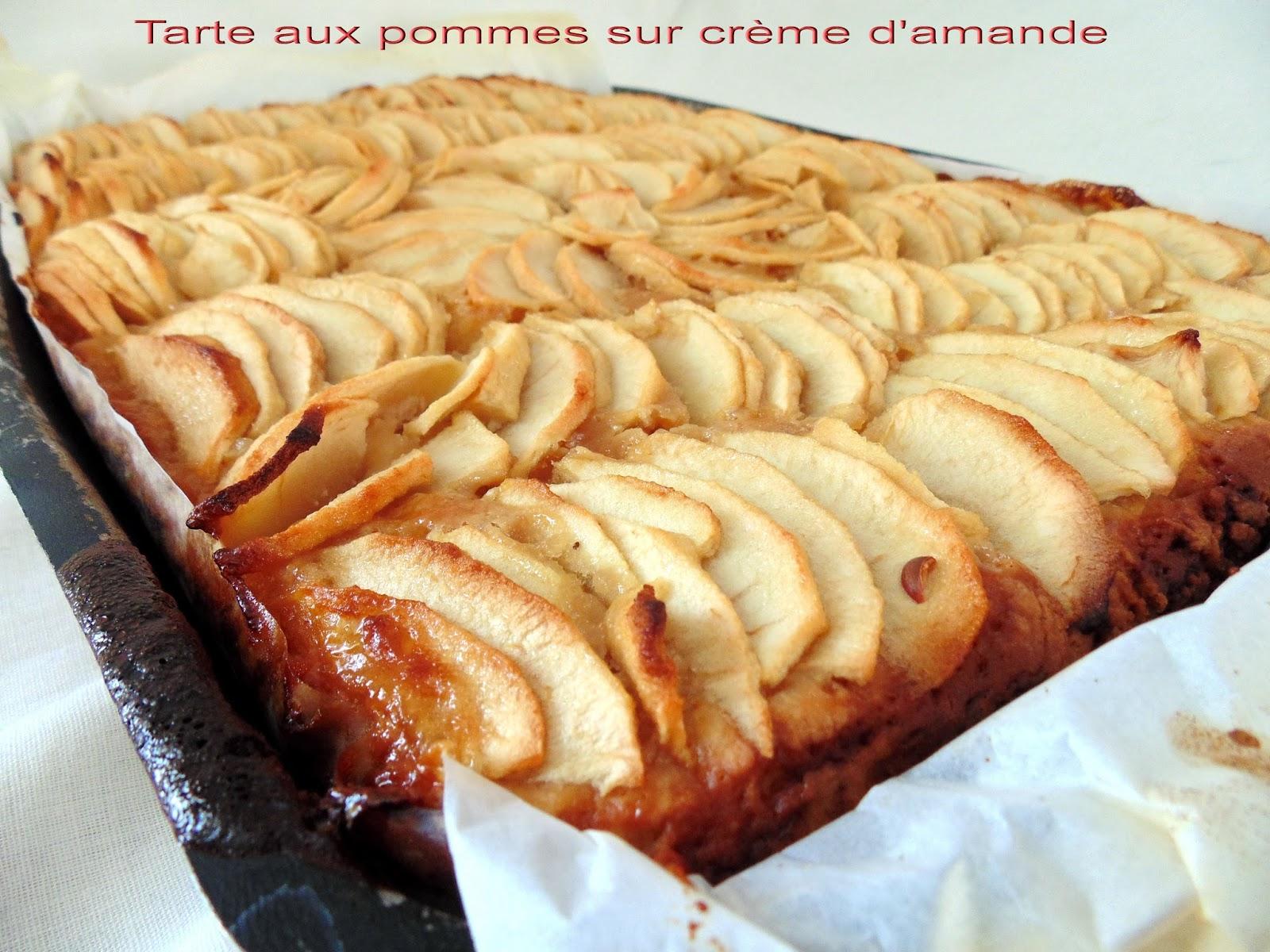 gateau gaga love cakes tarte aux pommes sur cr me d 39 amande p te au fromage blanc. Black Bedroom Furniture Sets. Home Design Ideas