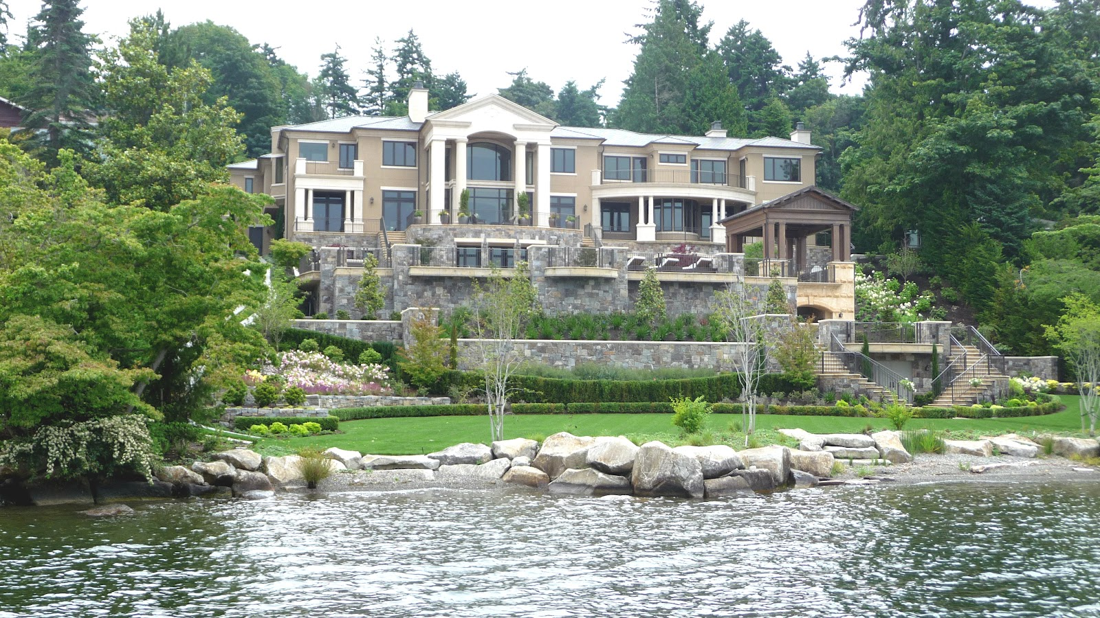 Seattle mansions mercer island mansion auction for The mercer