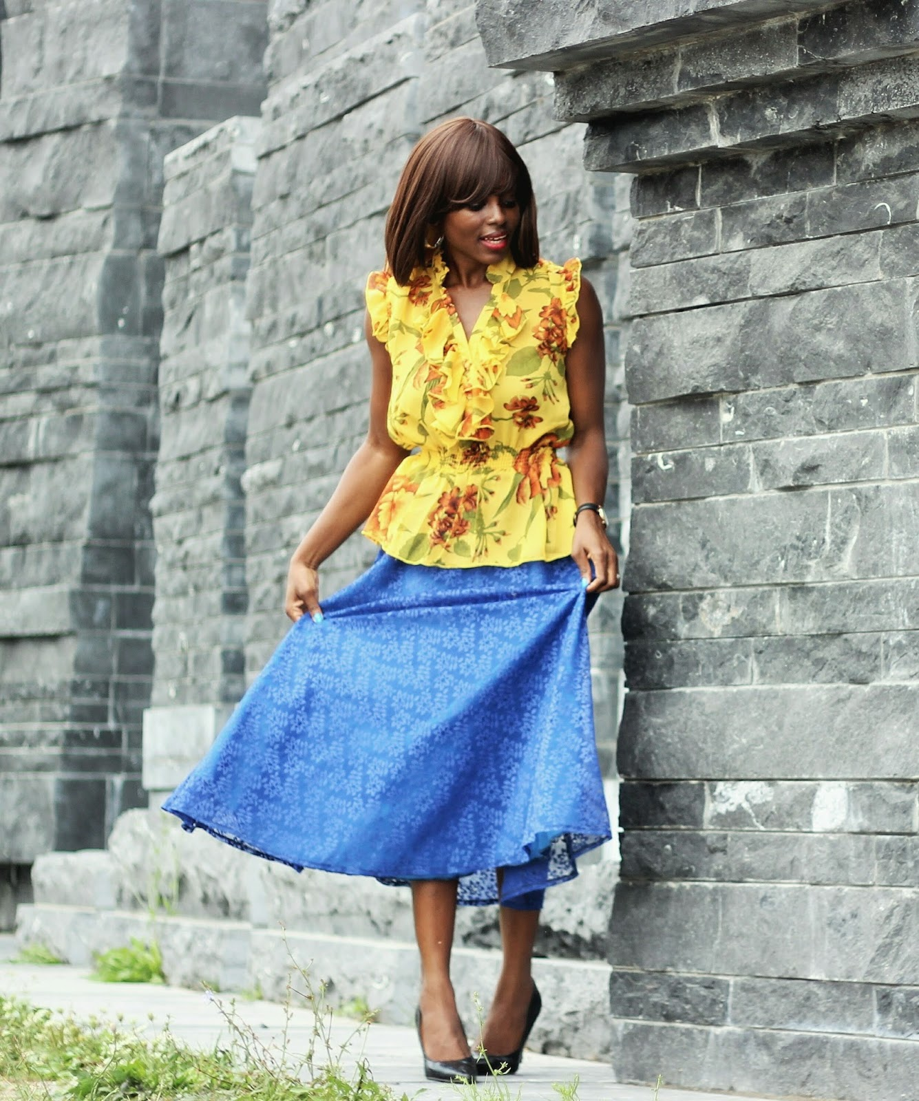 FLORAL PEPLUM TOP & LACE MIDI SKIRT