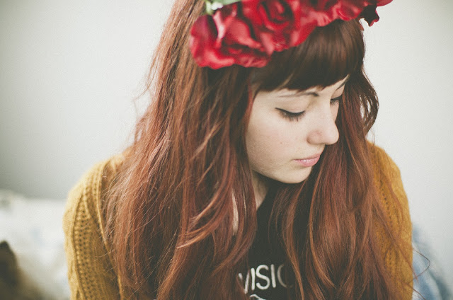 flower, crown, red, rose, redhead, bangs, fringe, liquid eyeliner, sweater