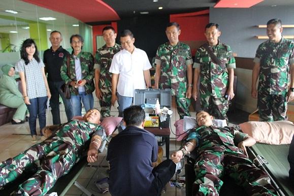 Kodim 0508/Depok Kumpulkan 100 Kantong Darah