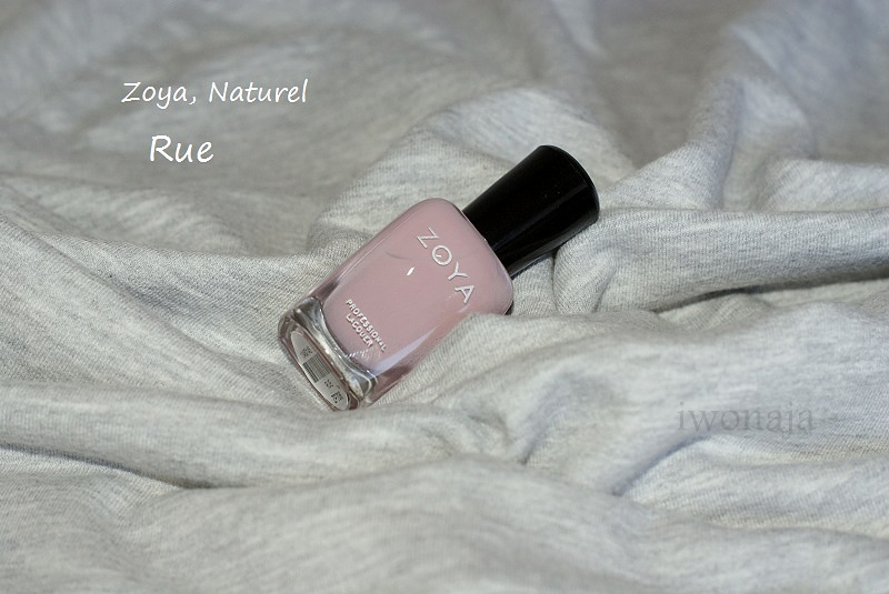 Rue/ Zoya Naturel.