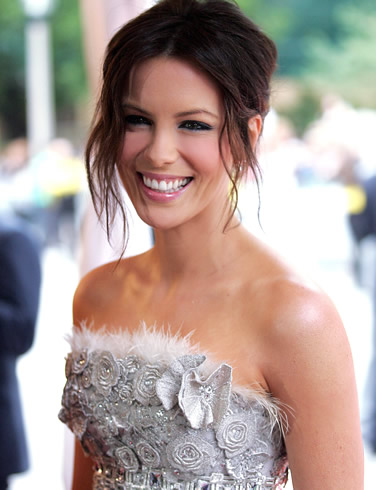 Fresh Look Celebrity Kate Beckinsale Hairstyles 07