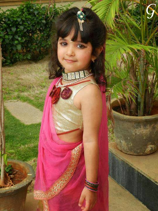 Babies Pictures-Indian-Saree-Baby Images