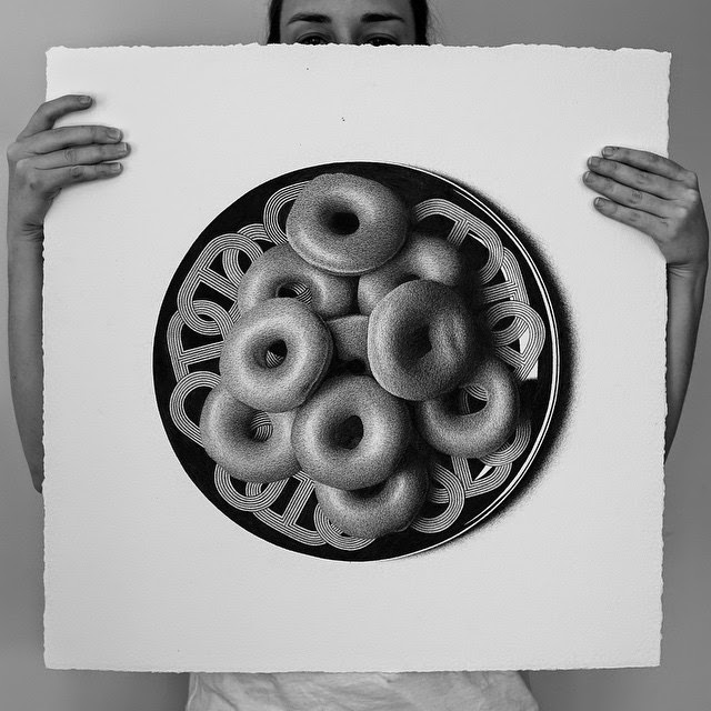12-Doughnuts-C-J-Hendry-Hyper-Realistic-Drawings-of-Food-www-designstack-co