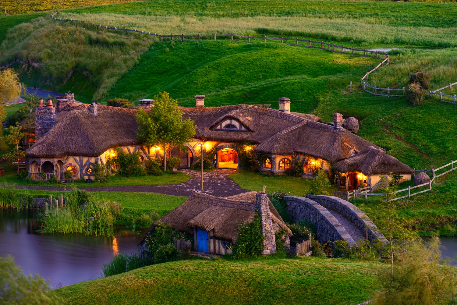 hobbiton-in-new-zealand