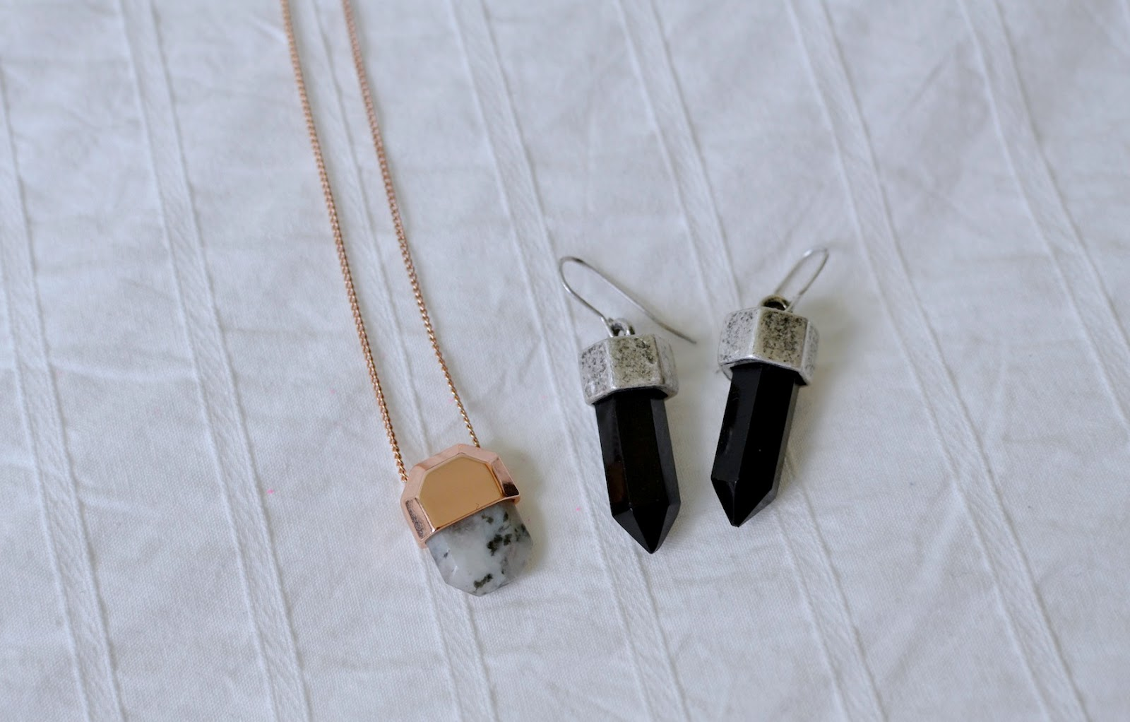 & Other Stories necklace
