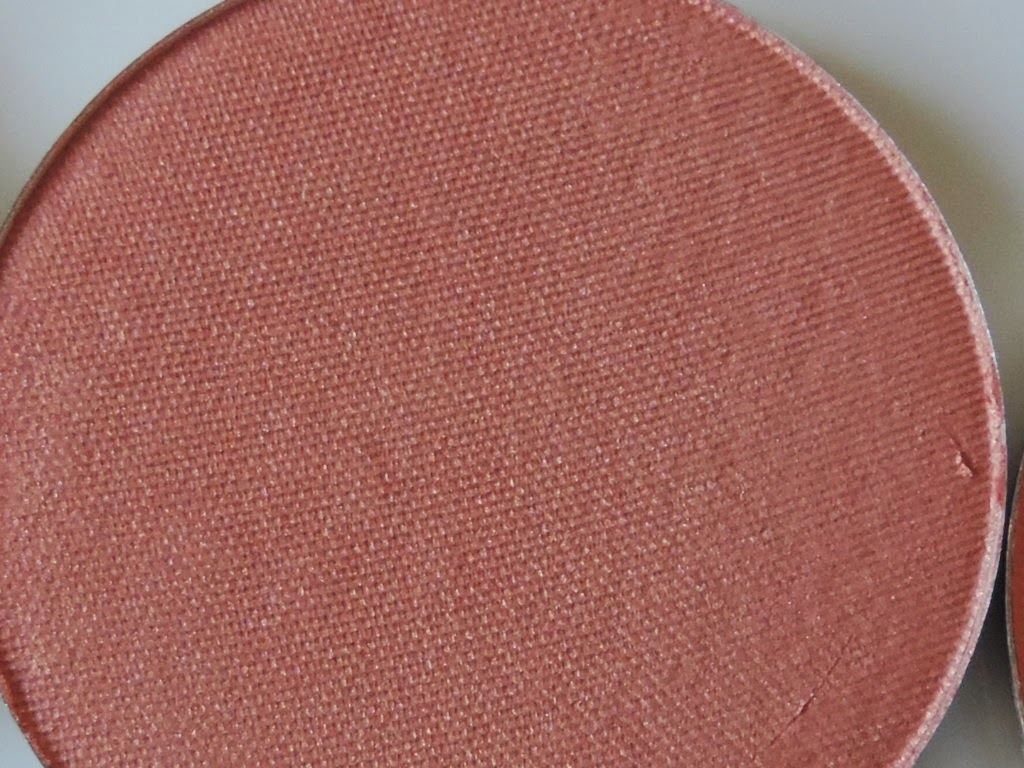 Makeup Geek blush in Romance