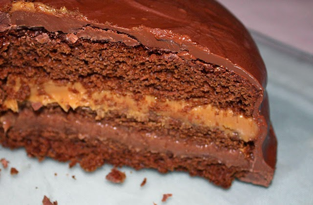 Honey cake with chocolate cream and dulce de leche