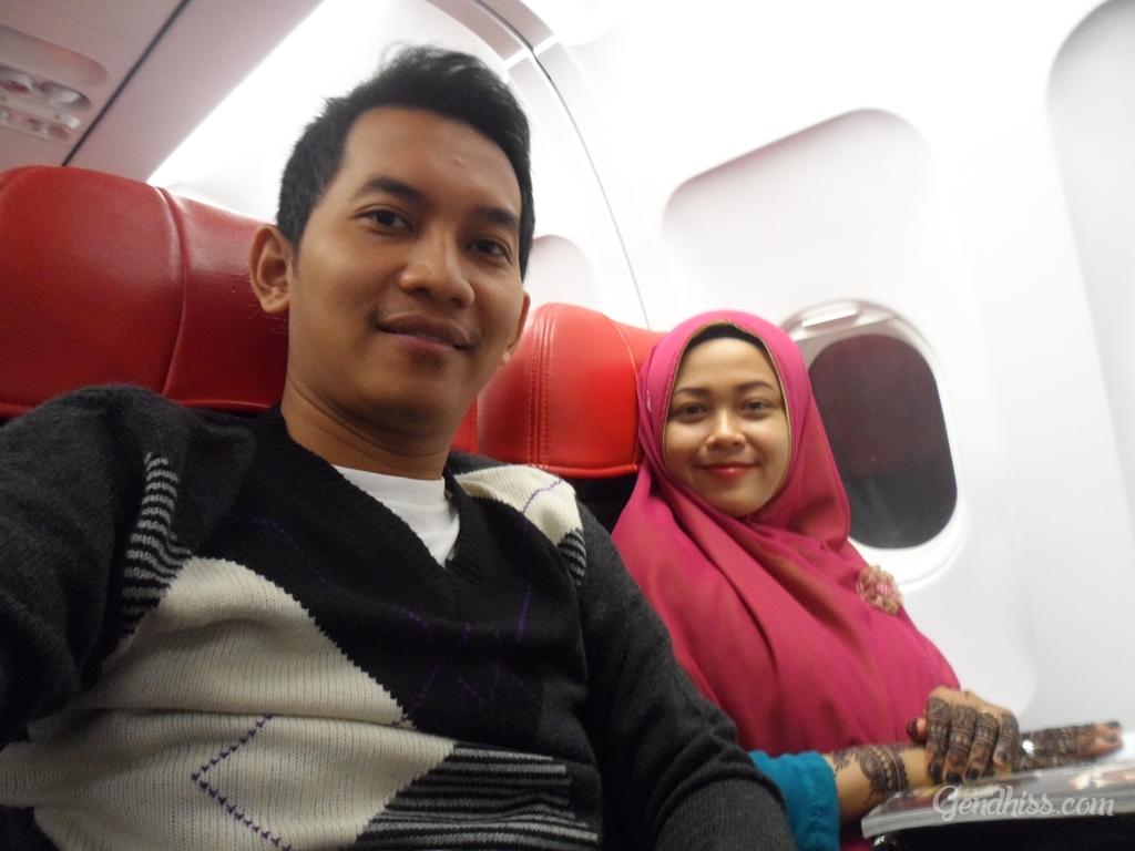 selfie di dalam pesawat
