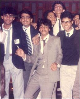 foto Shah Rukh Khan jaman dulu - MUNSYPEDIA