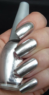 nails, chrome nails,mirror nails, minx manicure, mirror effect nails, mirror nail polish, glue on chrome nails, nail wraps, how to apply nail wraps, nail rock nail wraps,