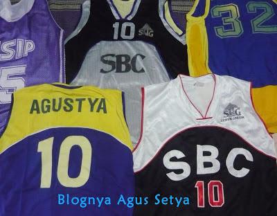 Kostum Klub Basket