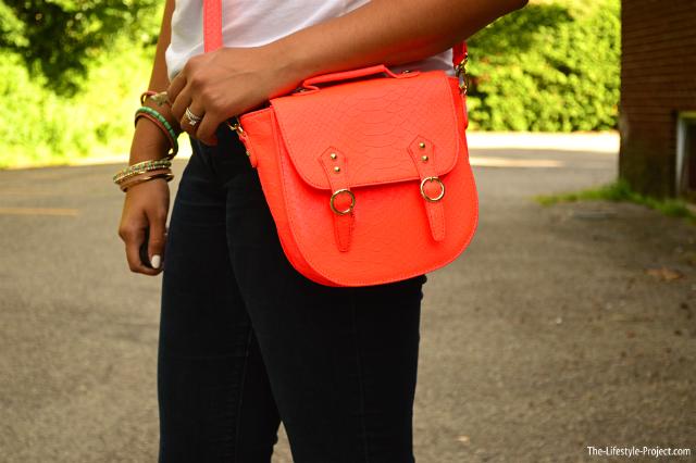 neon-summer-accessories