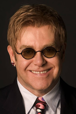 Reginald Dwight — Elton John