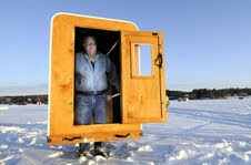 Relaxshacks Com A Micro Ice Fishing Shack The Quot Fort On