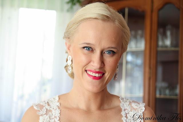 Ślubne kolczyki sutasz w kolorze śnieżnej bieli