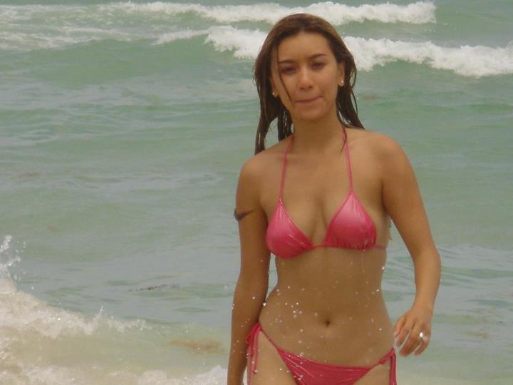Viet Accént Y Phung In A Bikini