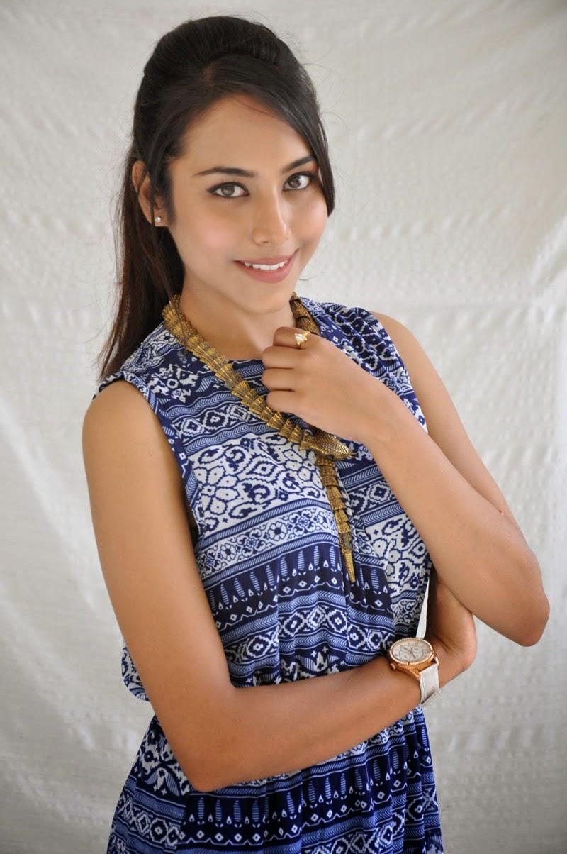 Khenisha Chandran at Jaganatakam press meet-HQ-Photo-12