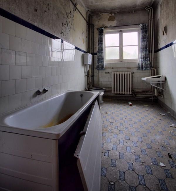 Ristrutturazione bagno motivi per ristrutturare il bagno - Ristrutturare il bagno ...