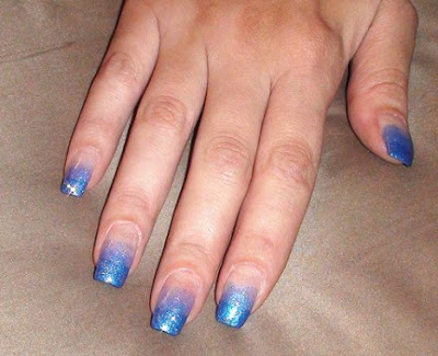 Blue Gradient Manicure 432x351 - Nail Art