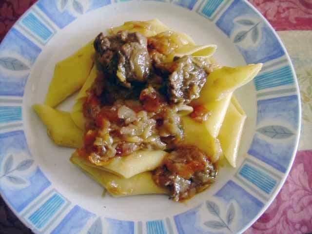 Nella cucina di teresa pasta con sugo alla genovese - Nella cucina di teresa ...