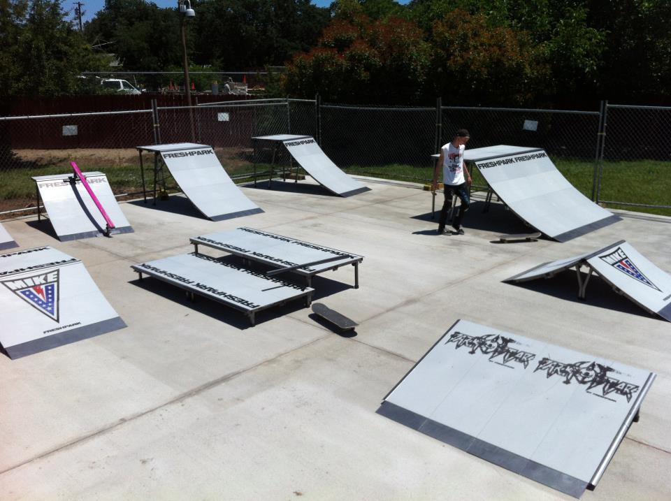 Portable Skate Park Equipment : Vermin scooter shop freshpark ramps rails