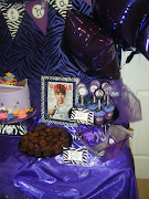Justin Bieber Birthday Party (goof)